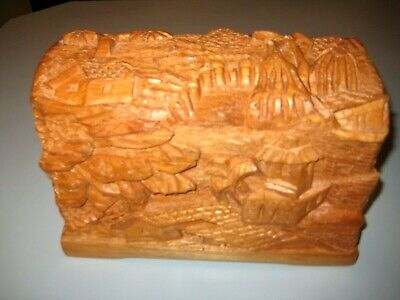 VINTAGE ORIENTAL HAND CARVED WOODEN JEWELRY BOX OR KEEPSAKE BOX Domed Top
