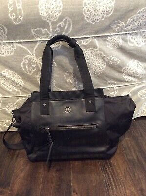be5e982118 Lululemon Womens Black Duffel Bag Tote Weekender Gym Yoga Vinyl and Nylon