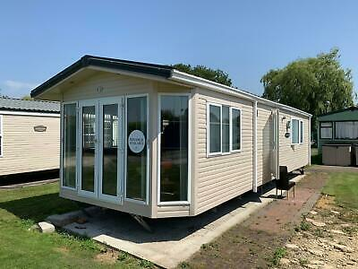 Stunning 2 bedroom holiday home for sale near Tattershall, Lincolnshire