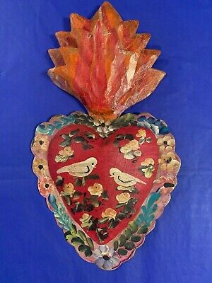 El Corazon Burning Heart 3D Mexican Handmade Painted Tin Milagro 9x5x1 T2