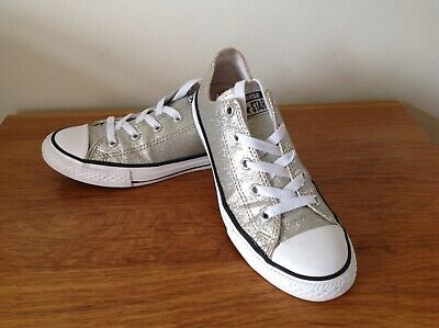 Girls All Star Converse Trainers Size U.K 2 Good Condition