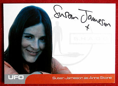 UFO - SUSAN JAMESON (SJ3) as Anne Stone - VERY LIMITED Autograph Card VARIANT 1
