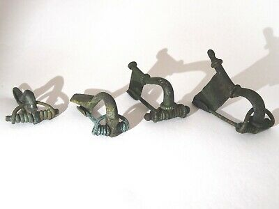 Lot of 4 ancient roman fibulae brooch