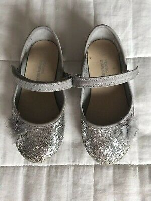Girls Primark Young Dimensions Sulver Sparkly Shoes Size UK Infant 7