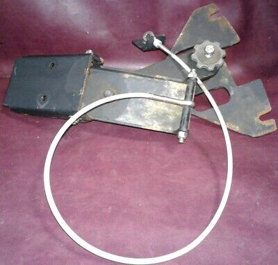 TOMCAT MINI MAG Squeegee Lifting Cable Assembly.