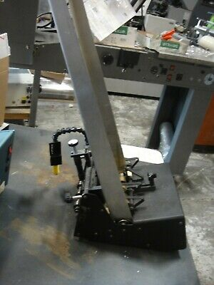 Reliant 1500 Universal Friction Feeder
