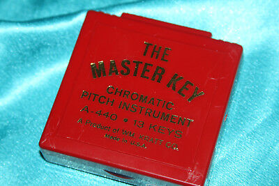 Kratt Chromatic Pitch Pipe with Carrying Case, C-C, Model MK2