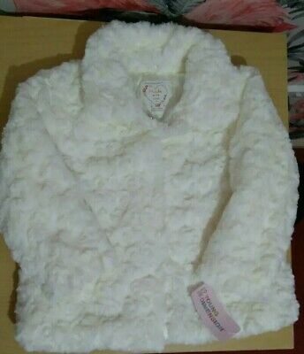 Girls White Faux Fur Coat * Brand New * Primark * 18-24 months * 1.5 - 2 years
