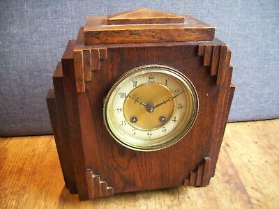 Antique 1920's Art Deco Hamburg American Clock Co Oak Mantel Clock Key Pendulum