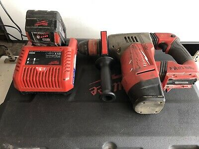 Milwaukee M28 CHPX FUEL SDS Hammer Drill Breaker + 28v Battery & 1 Charger