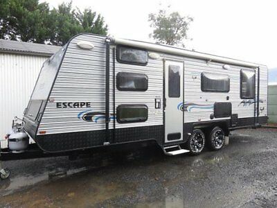 2014 Golden Eagle Escape 3 Bunk Caravan Sleeps 6 Full Ensuite 22'6 Length