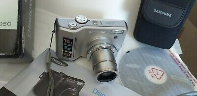"""Samsung s1050 great little """"metal"""" camera ...Large 3"""" screen"""