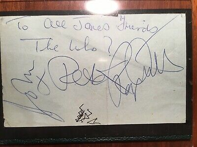 The Who Signed Autograph Page