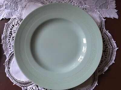 Vintage Woods Ware Beryl Green Dinner Plate 25cm Diameter - Excellent Condition