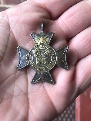 St. Neots Cambridgeshire Butterfly Walk Circa 1910 Medal Metal Detecting Find