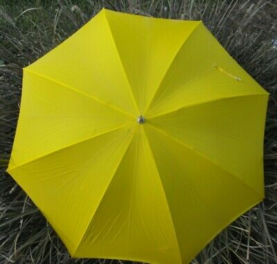 Vintage Umbrella Bright Yellow Carved Wood Handle SHELTA ReTRo Pin-Up Rockabilly