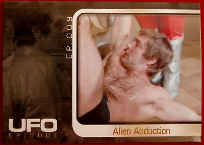 UFO - Individual Base Card - Cards Inc #046 - Ordeal - Alien Abduction