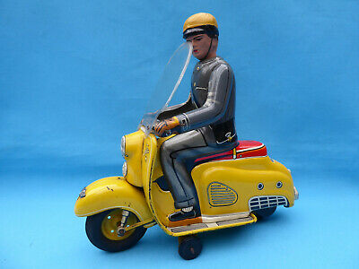 "RAR ! Tippco Roller / Vespa  "" BELLA ""  in GELB ! ""  Post ""  21 cm West Germany"