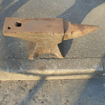 Anvil 143 Lb M H Armitage Mouse Hole Good Condition Used 23 L X 10 W X 10 D Inch
