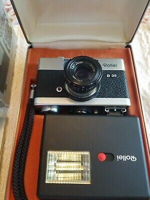 Rollei B35 Camera 40mm f3.5 Zeiss + Rollei Flash w/box,Display case,film tested