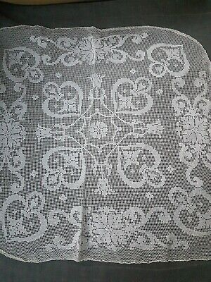 """FLAMING HEART"" VINTAGE WHITE Filet  CROCHET PANEL/CENTRE PIECE/DOILY"