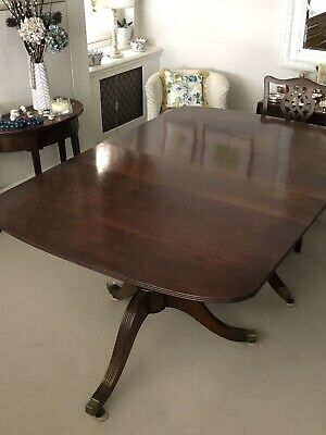 Antique Regency Style Solid Mahogony Twin Pillar Extending Dining Table