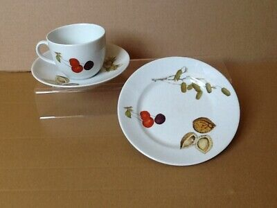 A Royal Worcester porcelain Evesham trio