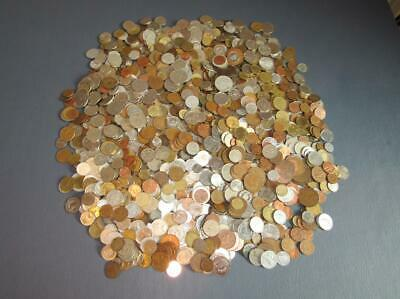 Bulk world coins, over 16 Pounds, over 1850 Coins, All Different No Duplicates