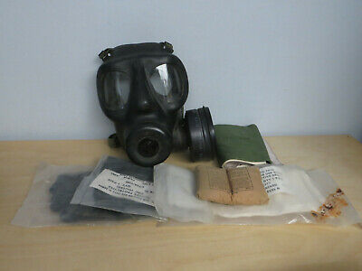 Respirator Gas Mask Size With 1 Filter & Green Haversack