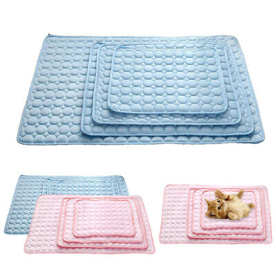 Pet Cooling Mat Non-Toxic Cool Gel Pad Cooling Pet Bed for Summer Dog &Cat Puppy