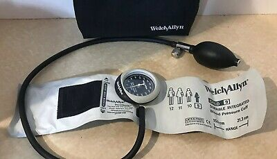 Great!! Welch Allyn Blood Pressure Meter With Child 9 Cuff