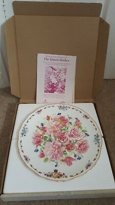 """Royal Albert """" The Roses Of Mey"""" Collectable Plate"""