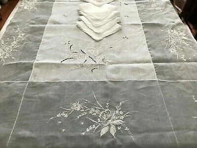 Vintage Madeira Embroidered French Knot Floral Linen Organdy Tablecloth 8 naps