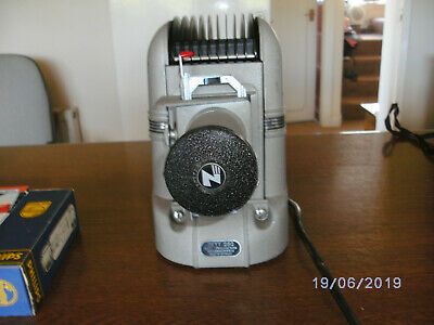 Vintage ZETT 250 35mm slide projector GWO with 2 spare lamps