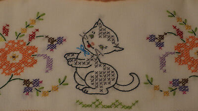 BEAUTIFUL Pair/Pillowcases w/Hand Emb.Cross Stitch KITTY CAT/Peach Crochet Trim