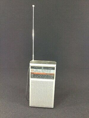 Working Vintage General Electric Am/Fm Transistor Radio Model No. 7-2924A