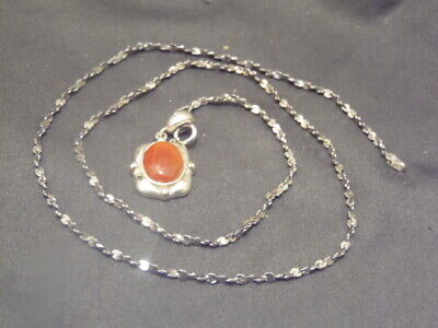 A 925 Thailand Sterling Silver Carnelian Square Pendant+Milor 925 Italy Necklace