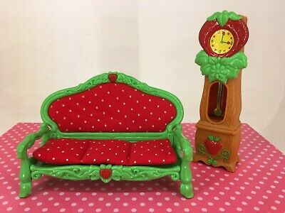 Vintage 1980s Strawberry Shortcake - Berry Happy Home Furniture - Lounge & Clock