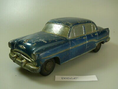 ca.1:25 Banthrico/National Products promo car: Dodge 'blau-met./Heckflosse'