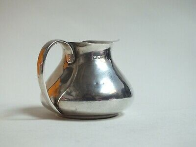 Vintage London 1915 Solid hallmarked Silver Milk Jug