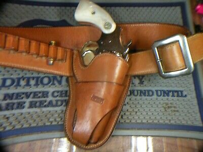 S D Myres, El Paso, Tx. vintage jockstrap holster and  cartridge belt, small rev