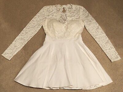 NWOT Bebe Lace Backless Dress Size 2 White Long Sleeve