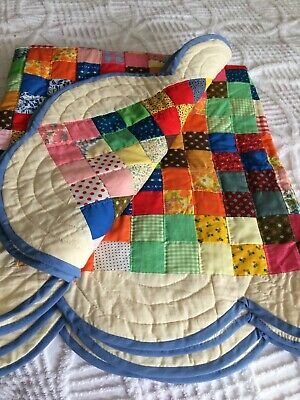 Vtg quilt hand quilted patchwork mod retro 70s flower power  SHAB COT FARM CHIC