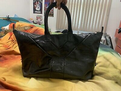 4977747705f 100% Authentic Yves Saint Laurent YSL Black Patent Leather Easy Y Zip Tote  Bag