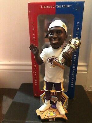 Kobe Bryant Los Angeles Lakers 2002 NBA Champions Trophy Hat T-Shirt Bobblehead
