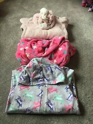 Bundle of girls one piece pjs/ dressing gown age 7-8
