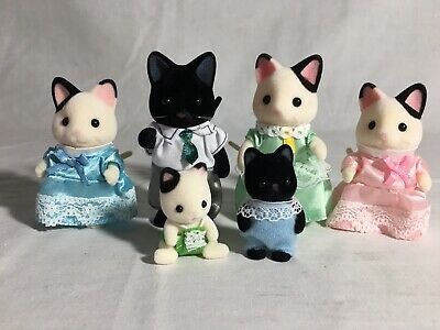 Calico critters/sylvanian families Tuxedo Cat family of 6