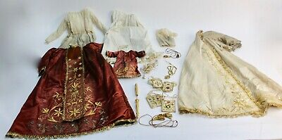 Set Of Dresses For Virgen Del Carmen With Child. S.xix.