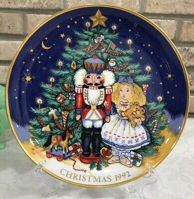 """FITZ and FLOYD 1992 9.25"""" diameter CHRISTMAS COLLECTOR PLATE"""