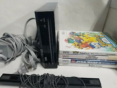 Nintendo Wii Model RVL-101 Black Console Lot with all cables and 4 games